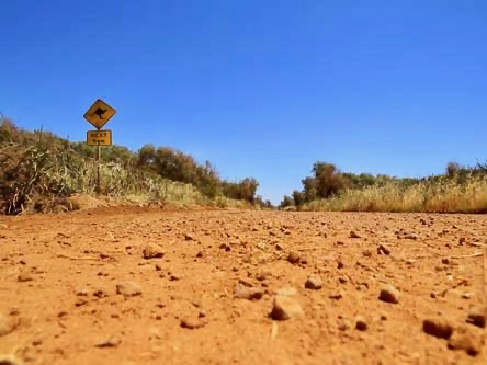 dirty road australie en van