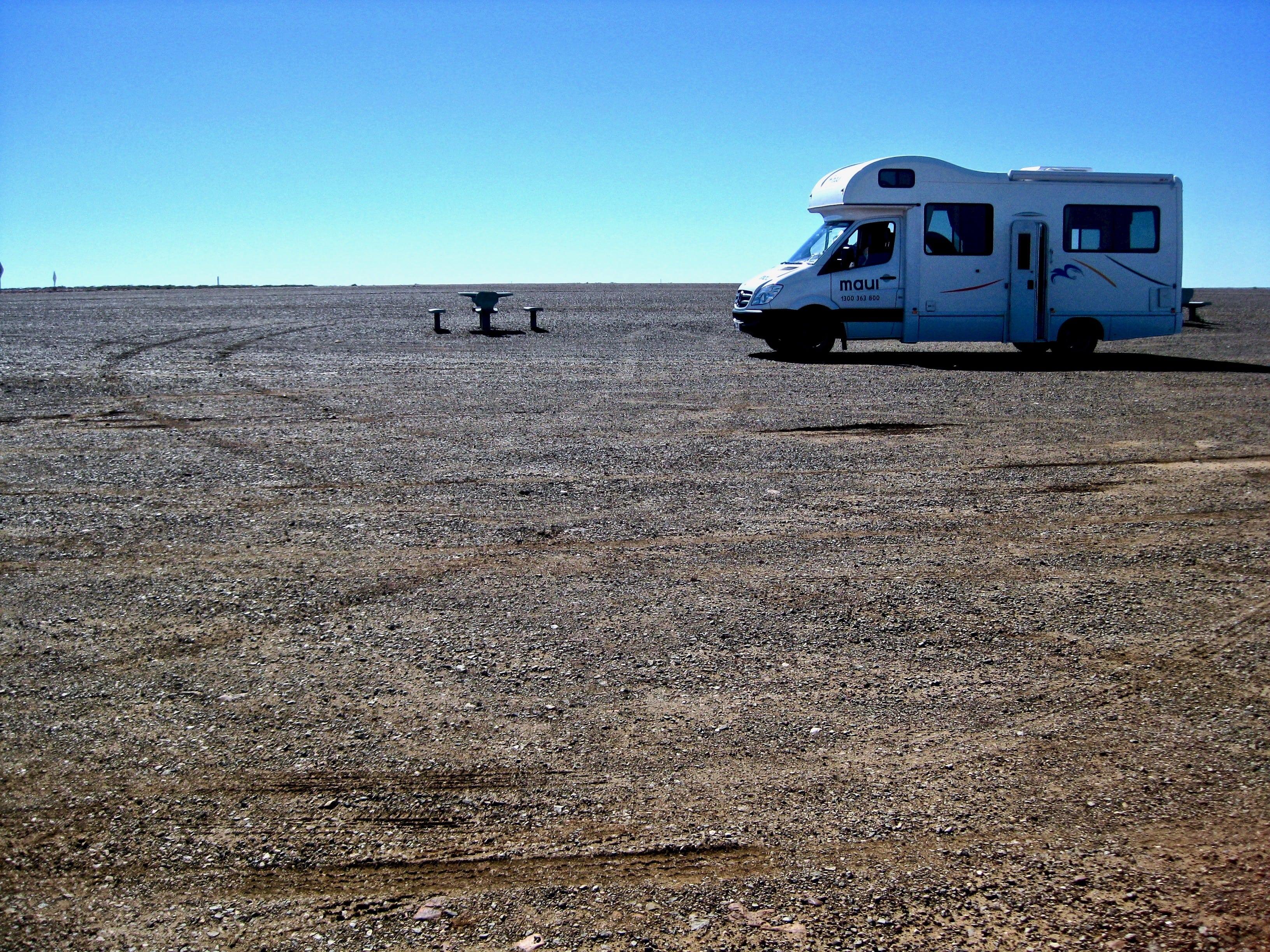 Camping car désert australie