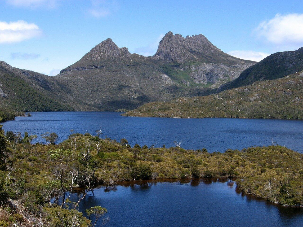 lac montagne road trip tasmanie.